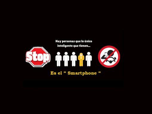 Hay personas que lo único inteligente que tienen es el Smartphone